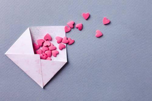 恋活アプリの初回メッセージのポイント